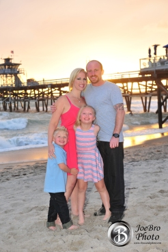 San Clemente pier family photos, family photo special, broccardo photography, mini-sessions
